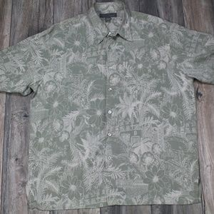 Tori Richards Green Hawaiian silk button up